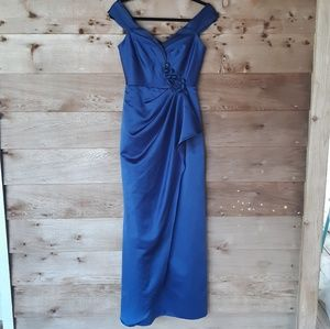Badgley Mischka Collection Navy and Black Gown